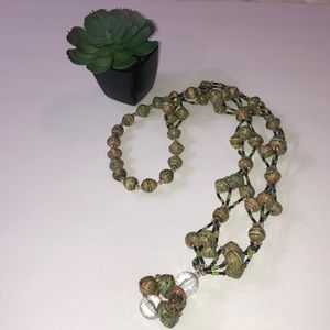 1970s VINTAGE long bead necklace